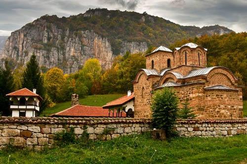 Еднодневна екскурзия до Пирот, Суковски и Погановски манастири