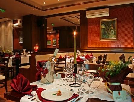 Нова година в Троян! 3 нощувки на човек със закуски, вечери + новогодишна вечеря с програма + вътрешен басейн от Хотел…